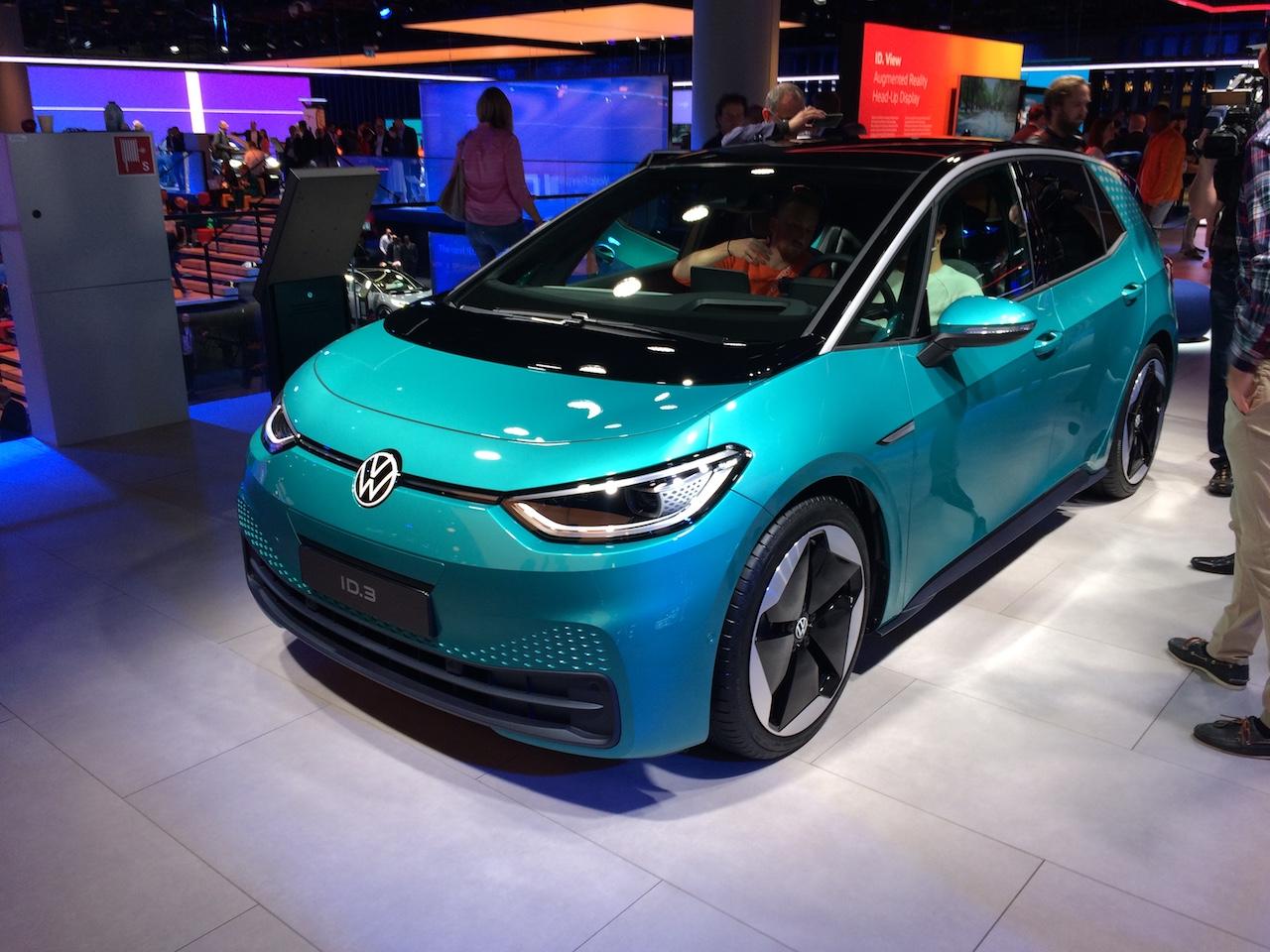 Elektromobil Volkswagen ID.3 - zepředu