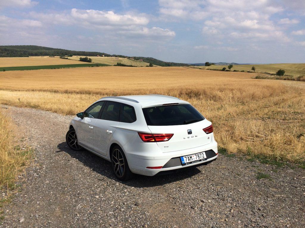 SEAT Leon ST 1,5 TGI Evo FR - CNG - zezadu