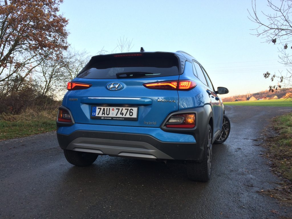 Hyundai Kona Hybrid - zezadu