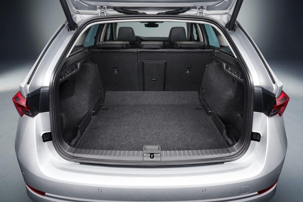 Nová Škoda Octavia Combi - zavazadlový prostor