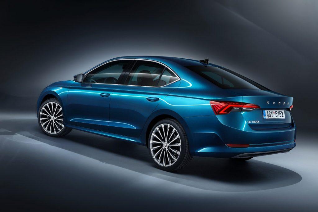 Nová Škoda Octavia liftback - zezadu