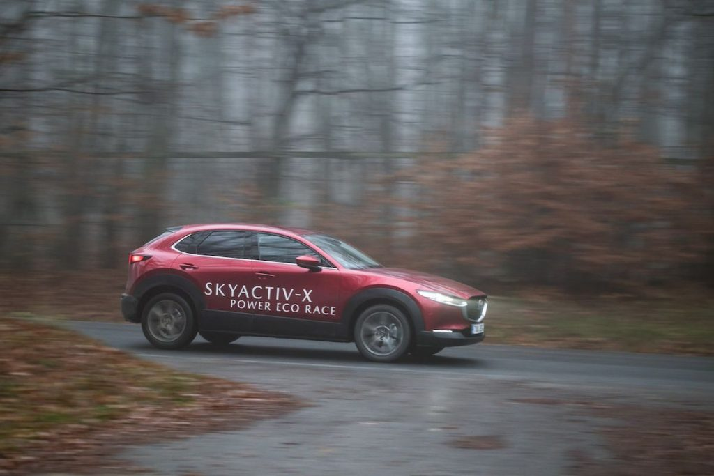 Skyactiv-X Power Eco Race - Mazda CX-30