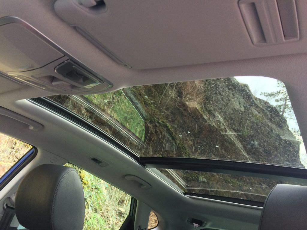 Hyundai Tucson 2.0 CRDi E-VGT Mild-Hybrid 48V - panoramatická střecha