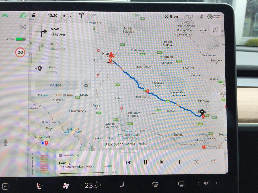 Tesla Model 3 - plánovaná trasa