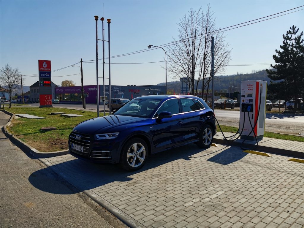 Audi Q5 2.0 TFSIe quattro - plug-in hybrid