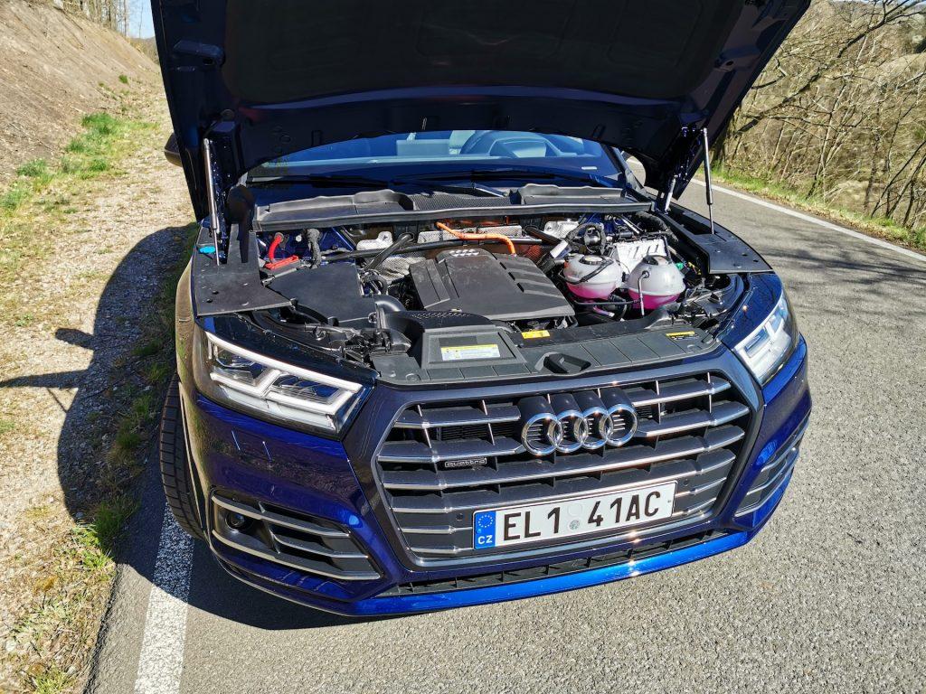 Audi Q5 55 TFSI e Quattro - motor