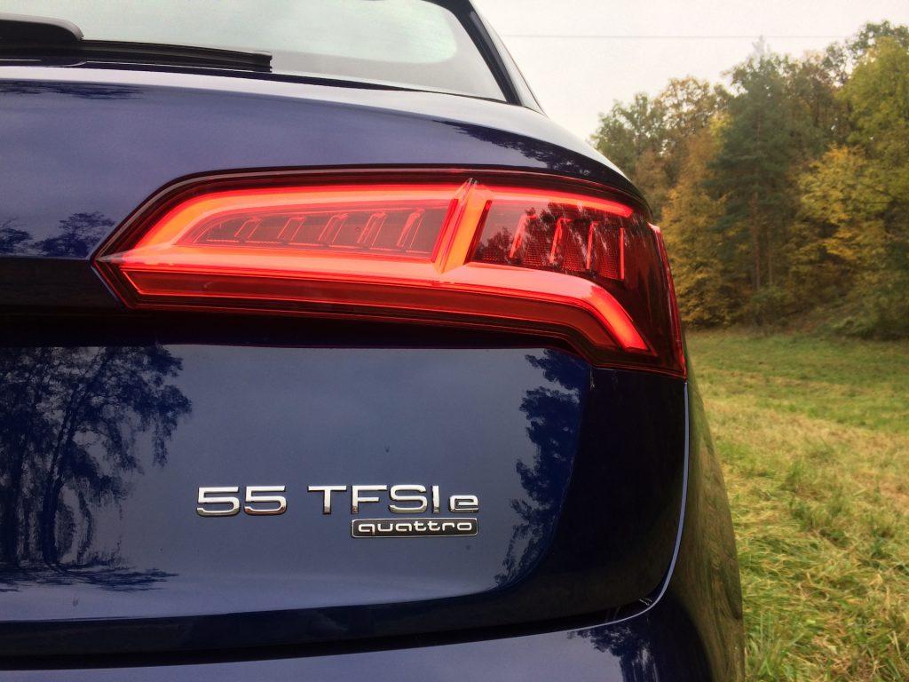 Audi Q5 55 TFSI e Quattro - označení motorizace