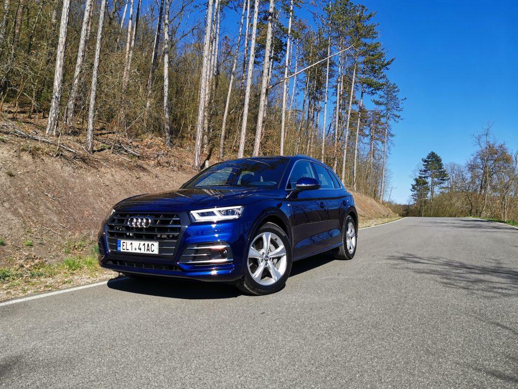 Audi Q5 55 TFSI e Quattro - zepředu