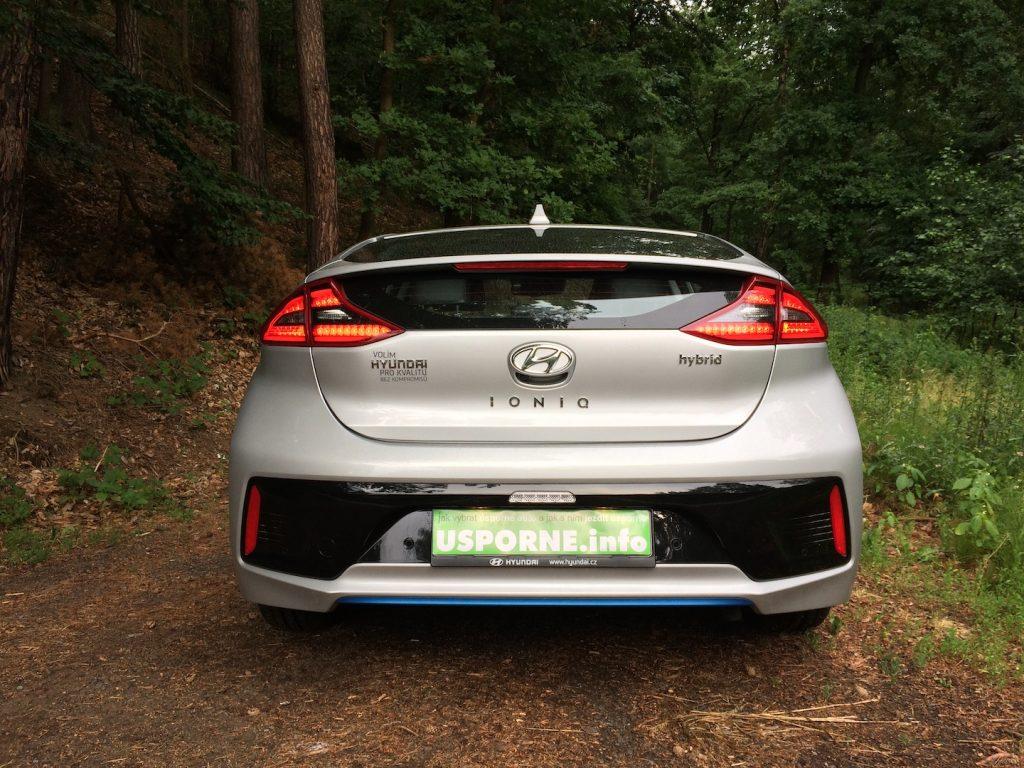 Hyundai Ioniq Hybrid - zezadu