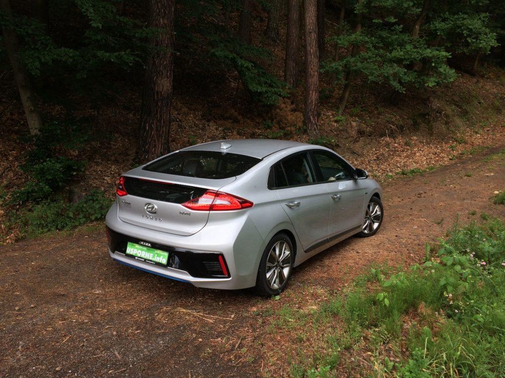 Hyundai Ioniq Hybrid - zezadu/z boku