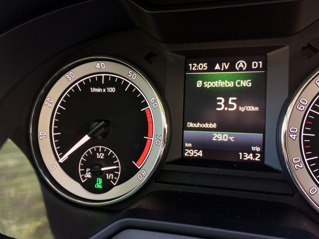 Škoda Octavia Combi 1.5 G-TEC 96 kW DSG - skutečná spotřeba