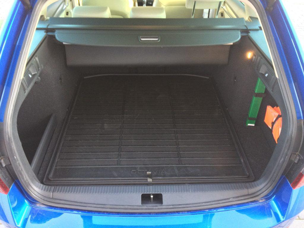 Škoda Octavia Combi 1.5 G-TEC 96 kW DSG - zavazadlový prostor