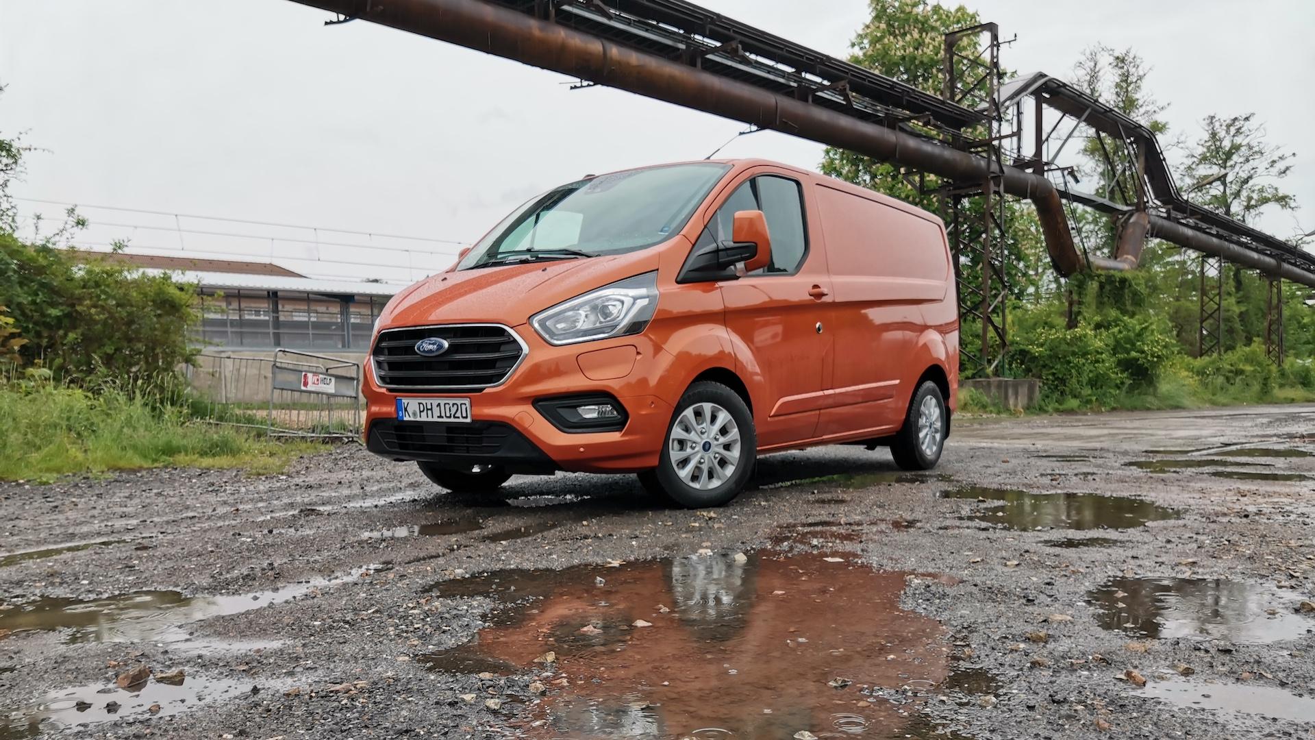 Ford Transit Custom PHEV (plug-in hybrid) náhled