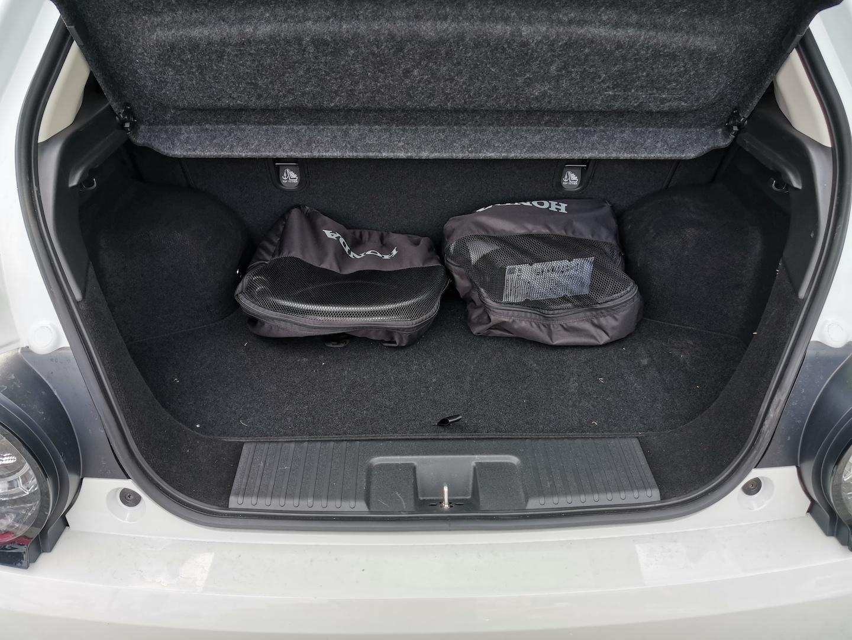 Honda e Advance - zavazadlový prostor