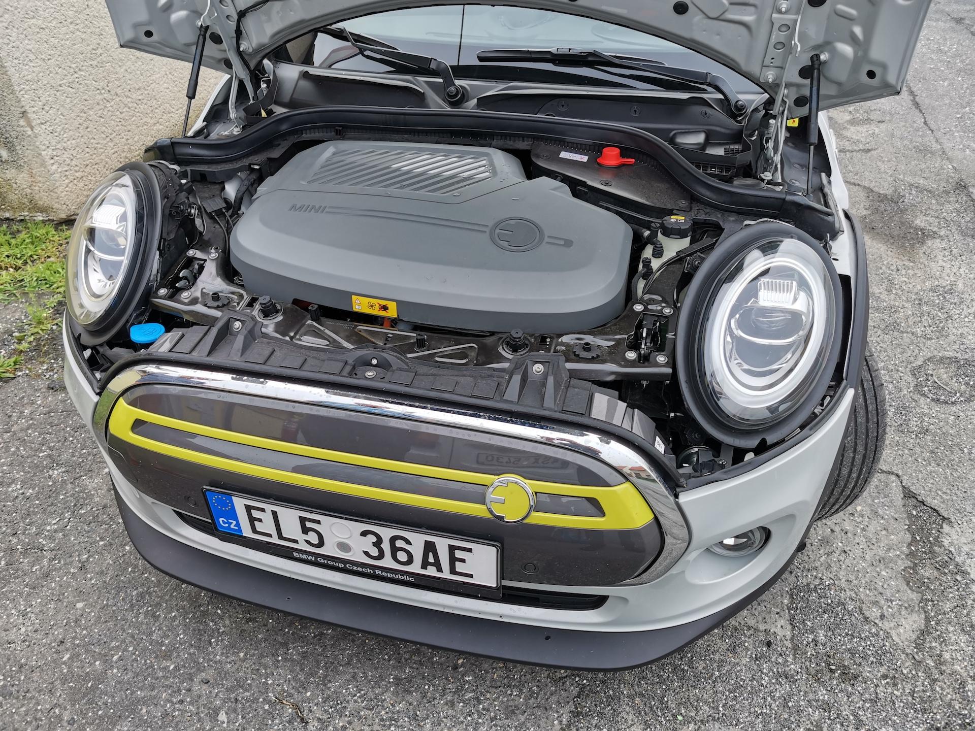 Mini Cooper S E - motor
