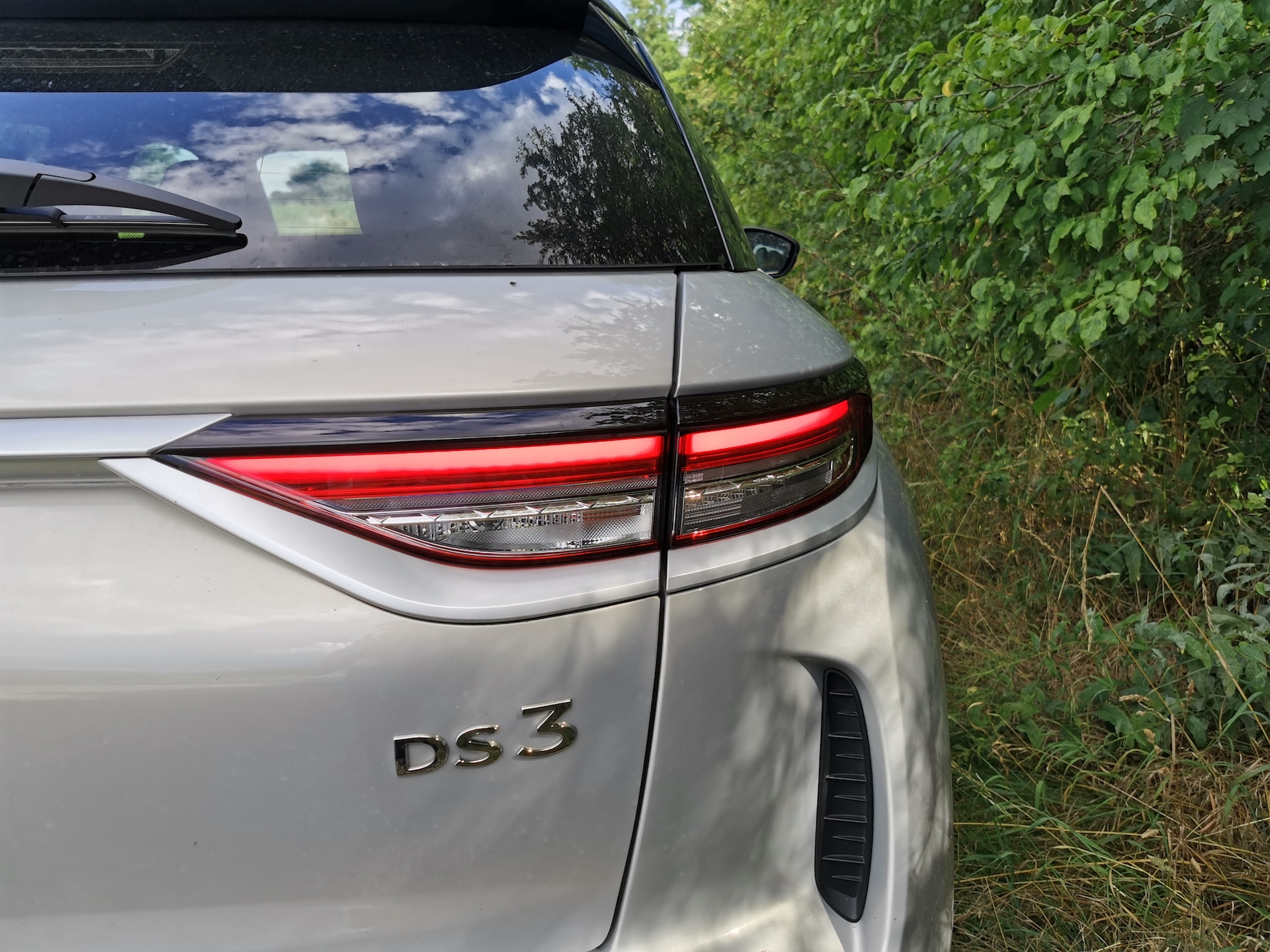 DS 3 Crossback E-Tense - plaketka DS3