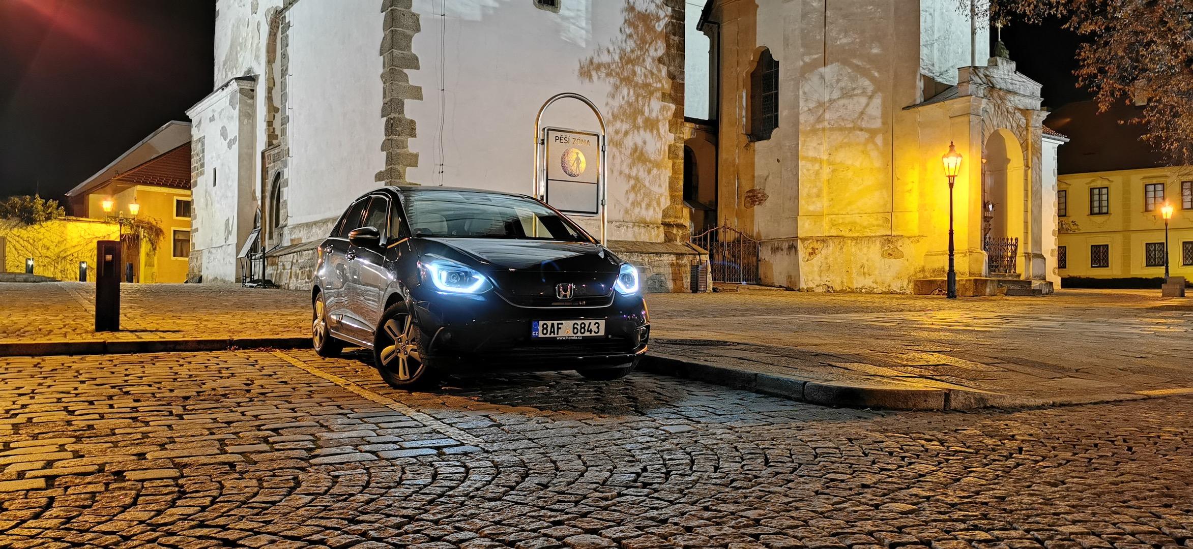 Honda Jazz e:HEV (hybrid) - zepředu