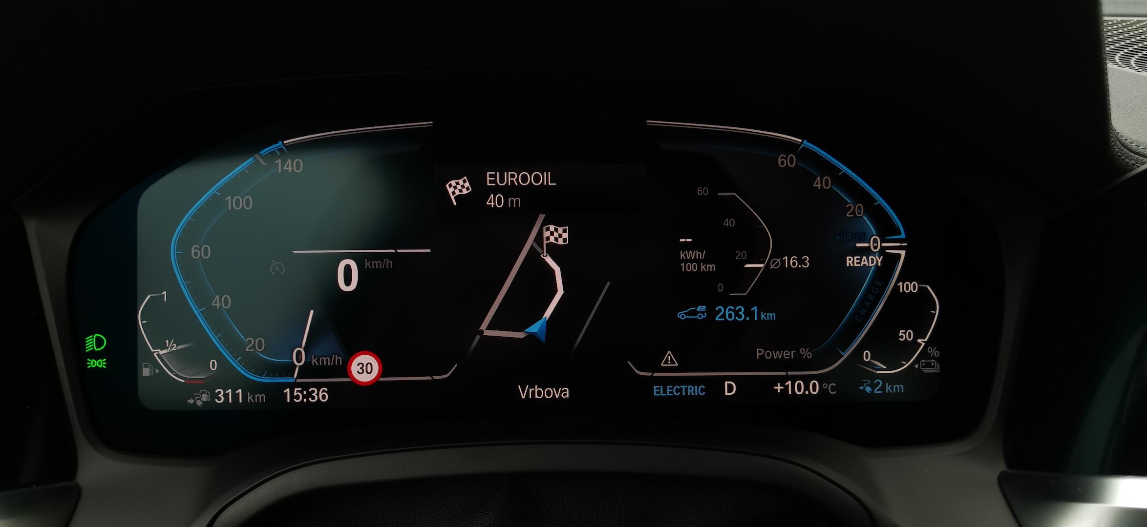 BMW 330e - spotřeba elektřiny