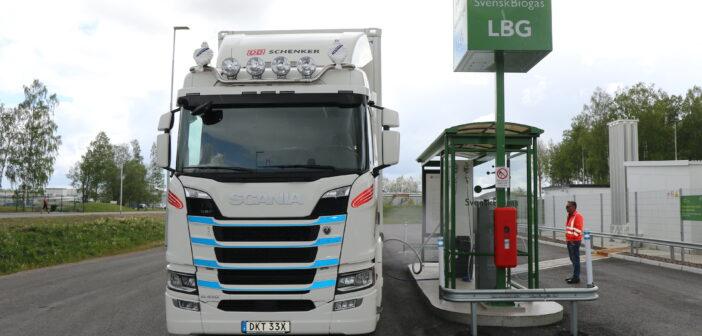 Švédská firma využívá vozy Scania R410 na bio-LNG. Jak jsou spokojeni?