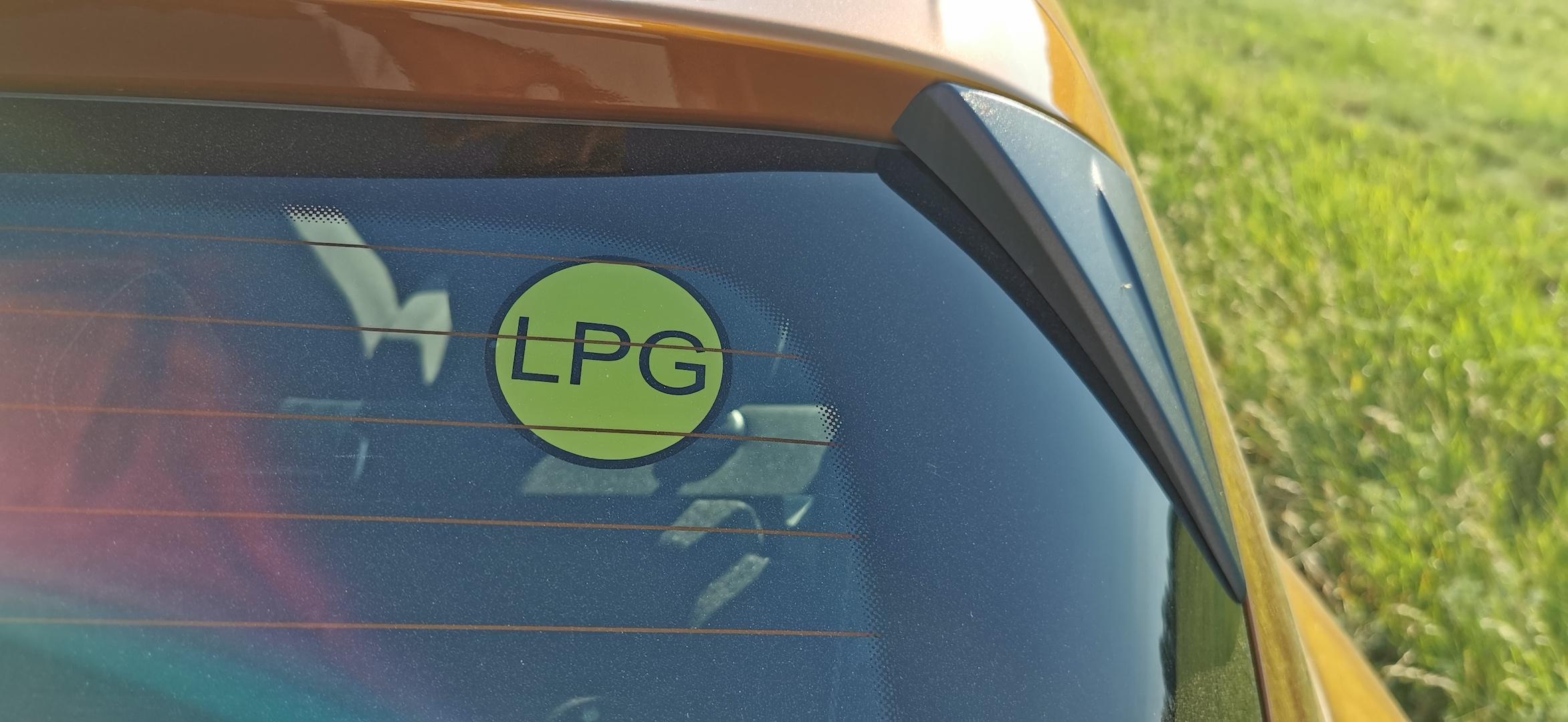 Dacia Sandero Stepway 1,0 TCe LPG - samolepka LPG