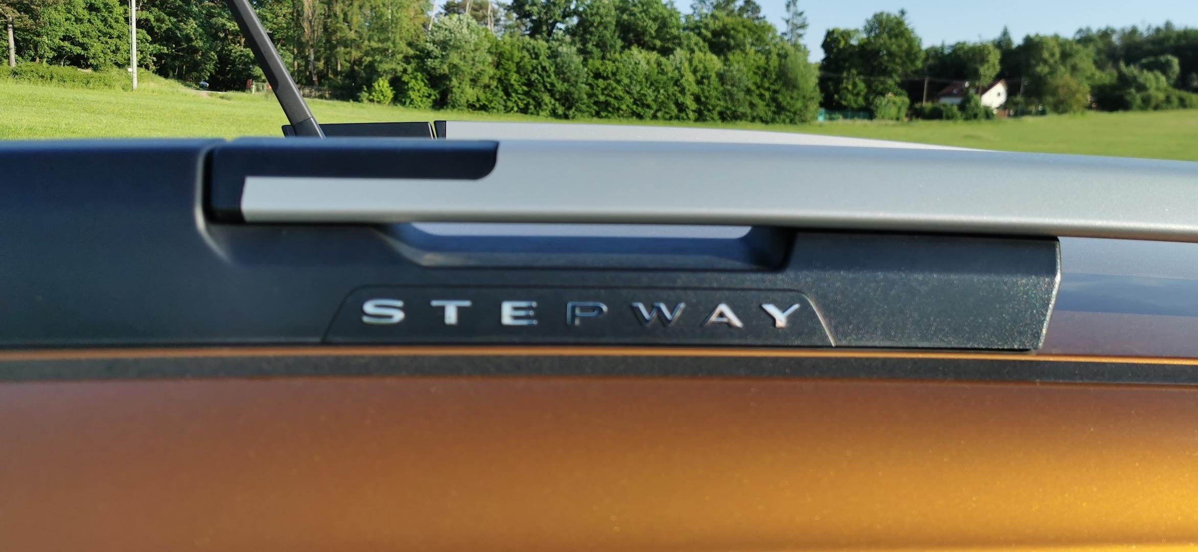 Dacia Sandero Stepway 1,0 TCe LPG - střešní nosič