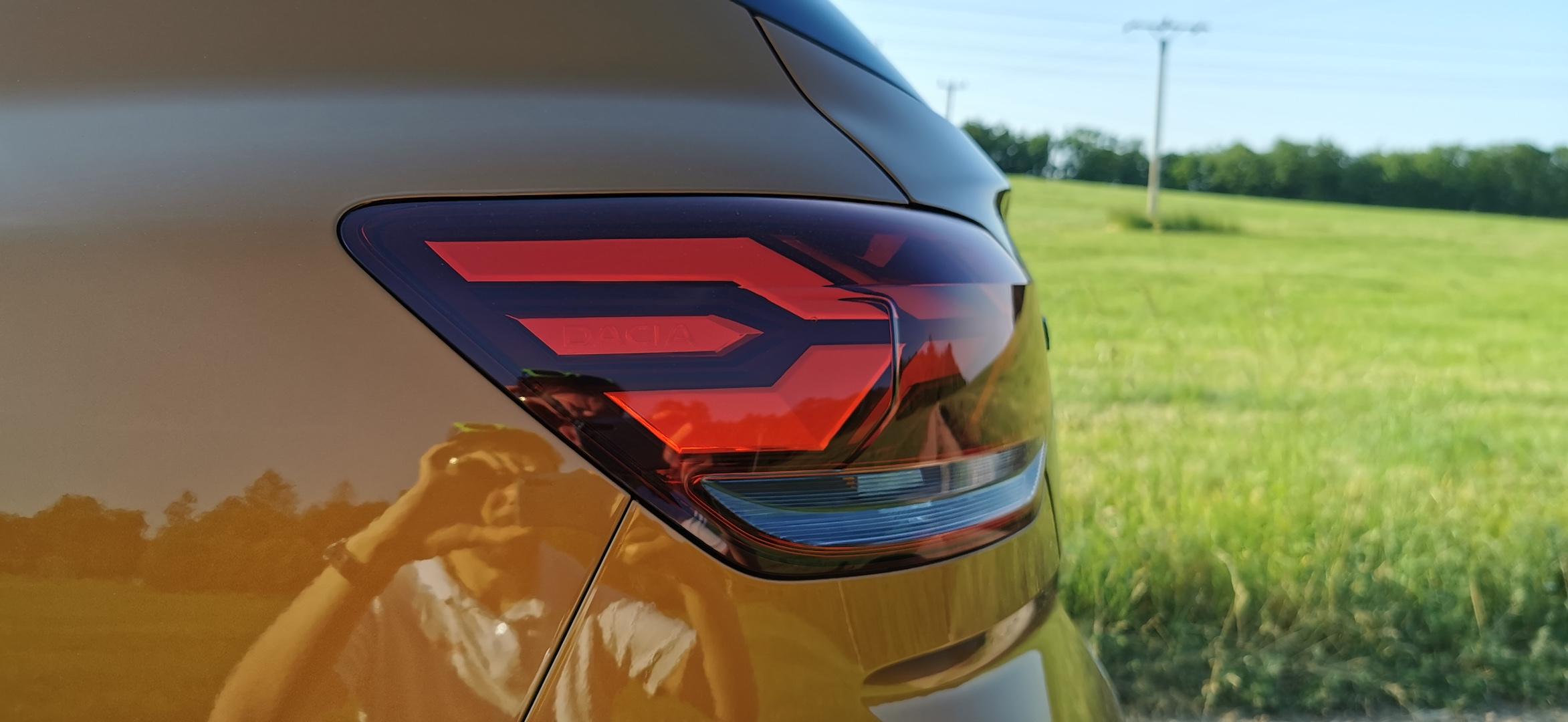 Dacia Sandero Stepway 1,0 TCe LPG - zadní světlo